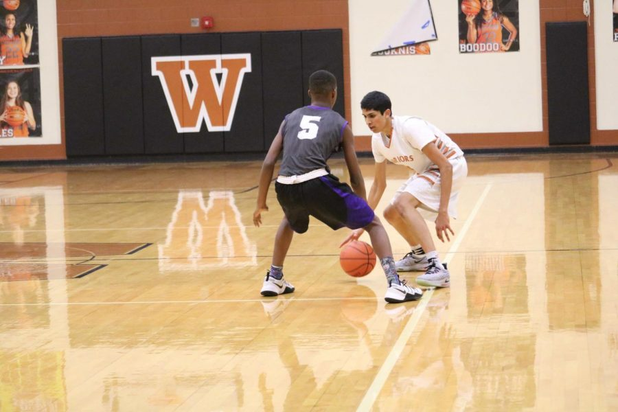 Anish Maddipoti '20 keeps the ball in play.