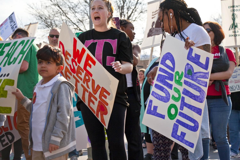 Milwaukee Public School Teachers and supporters picket outside Milwaukee Public Schools Administration Building