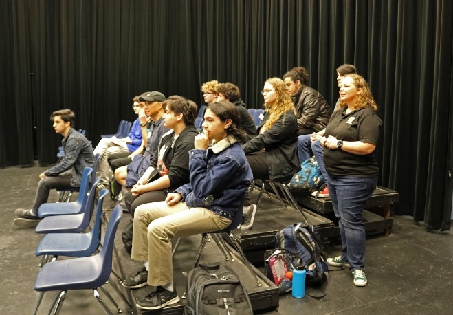 Students+listen+as+the+animators+discuss+their+jobs.
