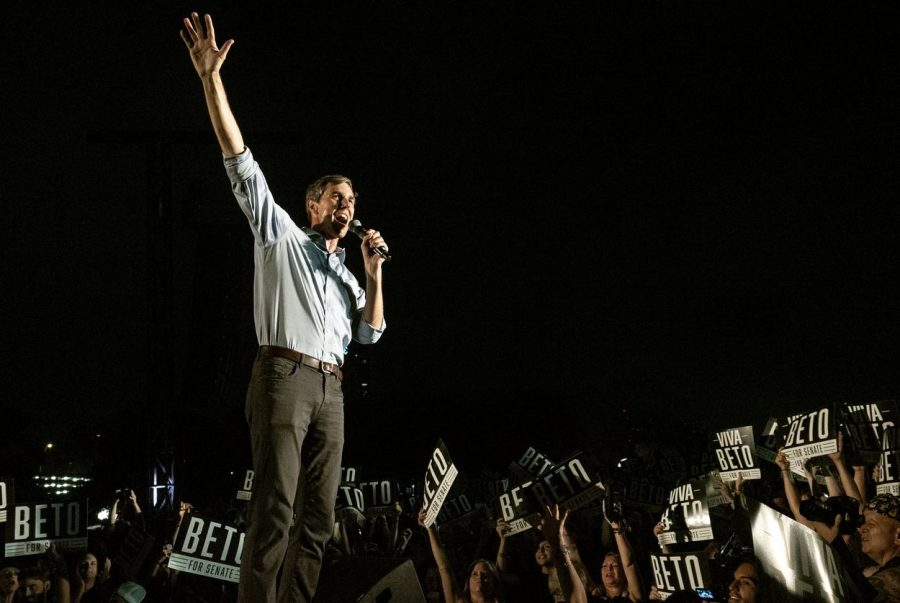 US+Rep.+Beto+O%27Rourke%2C+D-+El+Paso%2C+thanks+the+crowd+of+supporters+as+he+leaves+the+stage+during+the+Turn+Out+For+Texas+Rally+with+Willie+%26+Beto+held+at+Auditorium+Shores+in+Austin%2C+Texas%2C+on+Saturday%2C+Sept.+28%2C+2018.+U.S.+Rep.+Beto+O%27Rourke+is+running+against+Republican+U.S.+Sen.+Ted+Cruz%2C+in+a+one+of+the+top+U.S.+Senate+races+nationally+this+year.