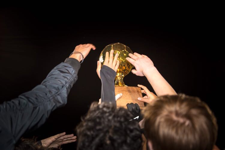 Varsity+Boys%27+Soccer+Crush+Cedar+Ridge+4-1%2C+Claim+Title+of+District+Champions