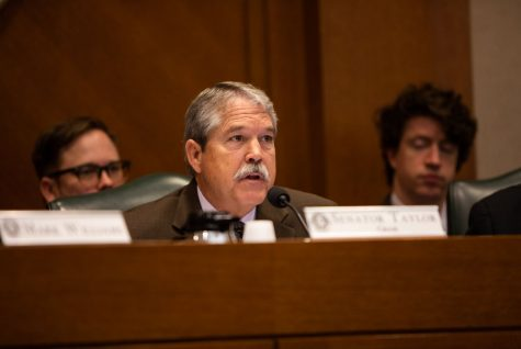 Texas Sen. Larry Taylor Unveils New School Finance Bill, Adding $5,000 Teacher Pay Raise