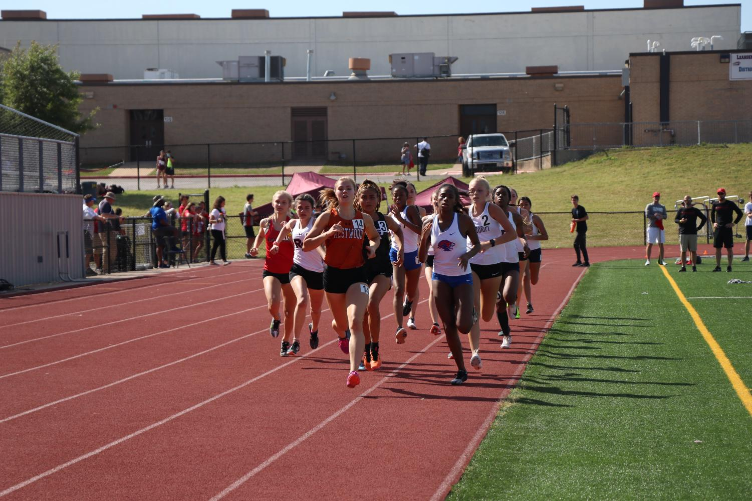 Track+and+Field+Closes+Regular+Season%2C+Athletes+Qualify+for+Area