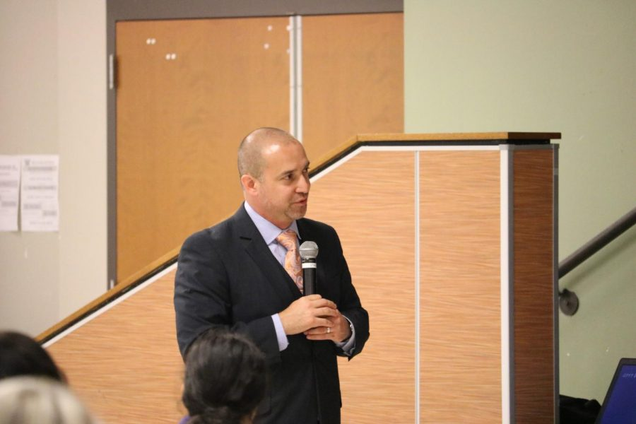 Mr. Mario Acosta thanks the crowd for attending.