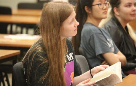 Librarians Host Annual Book Buzz