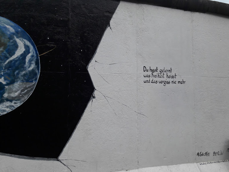 A+mural+in+Berlin+which+roughly+translates+to+%27you+have+learned+what+freedoms+means%2C+and+will+never+forget+it+again%27.