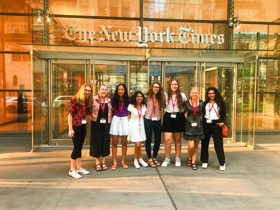 Keana Saberi '22 and her classmates visit the New York Times building.