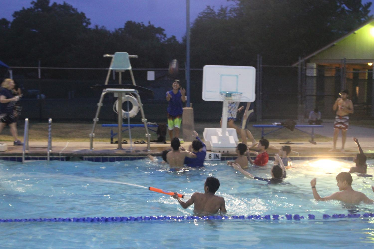 Orchestra+Students+Dive+Into+New+Year+with+Pool+Party