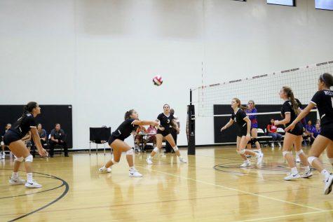 JV White Volleyball Demolishes Hays 2-0