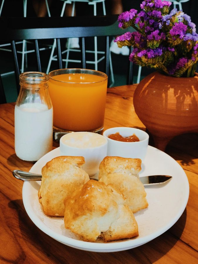 Launderette's flavorful biscuits and jam.