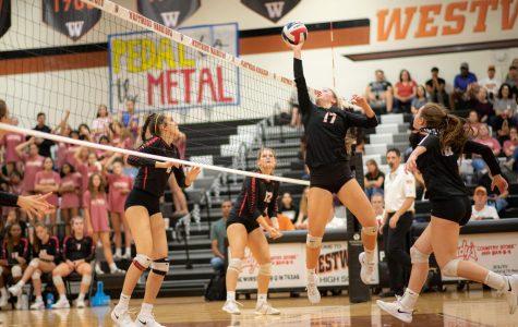 Varsity Volleyball Sweeps Vista Ridge Rangers 3-0