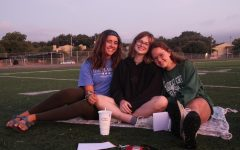 Class of 2020 Bonds at Senior Sunrise
