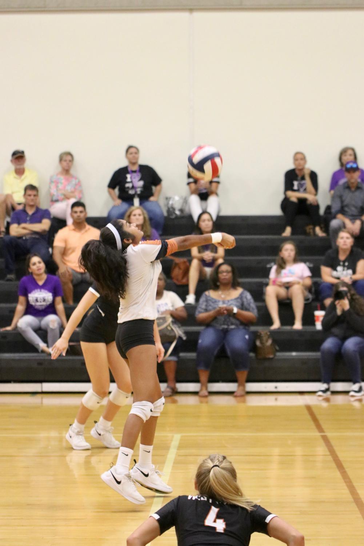 JV+White+Volleyball+Falls+Short+Against+Cedar+Ridge+2-1