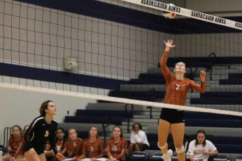 JV Orange Volleyball Defeats Hendrickson 2-0