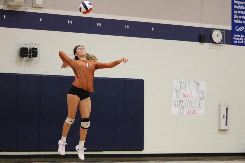 JV+Orange+Volleyball+Defeats+Hendrickson+2-0