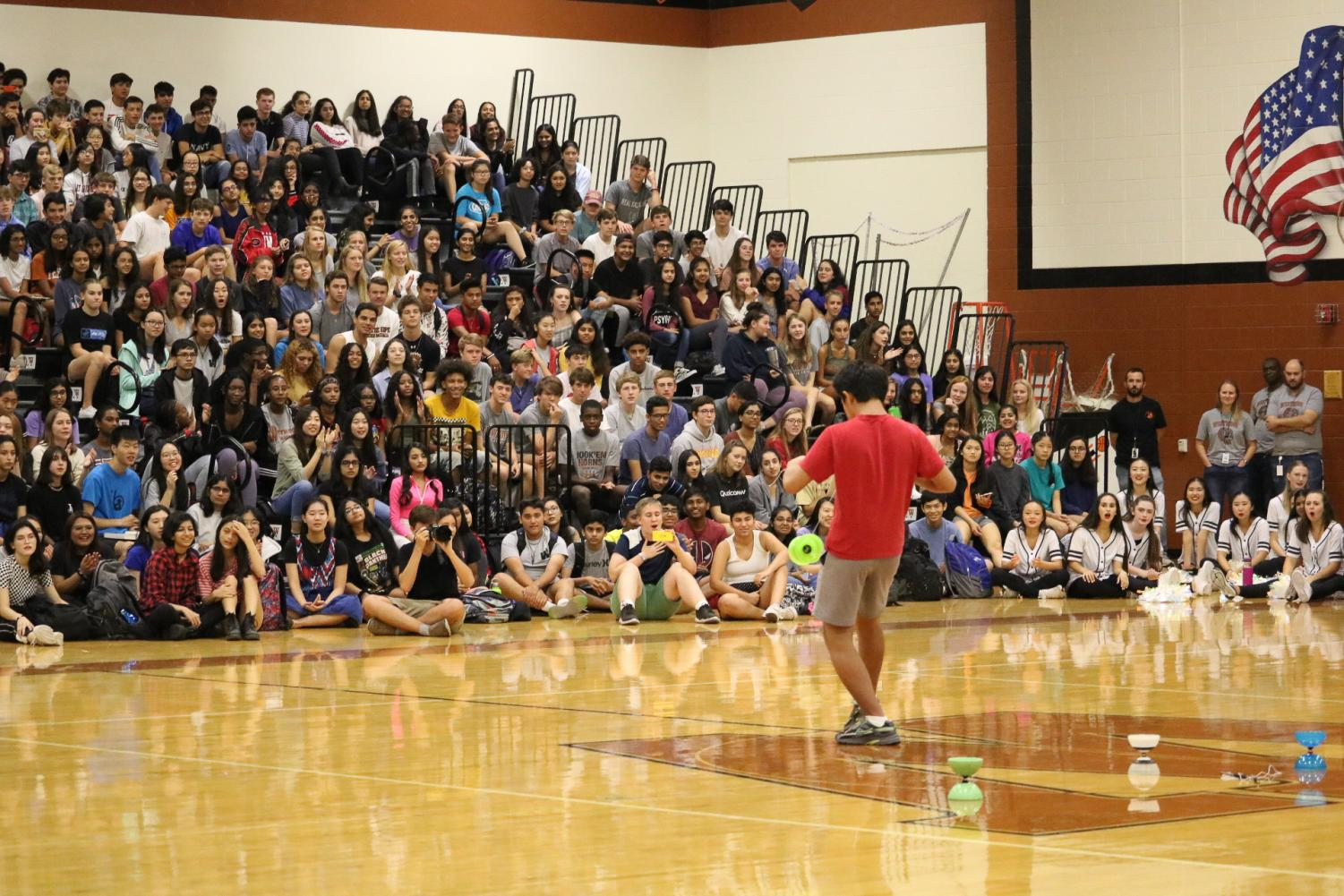 Students+Build+School+Spirit+at+First+Pep+Rally+of+Year