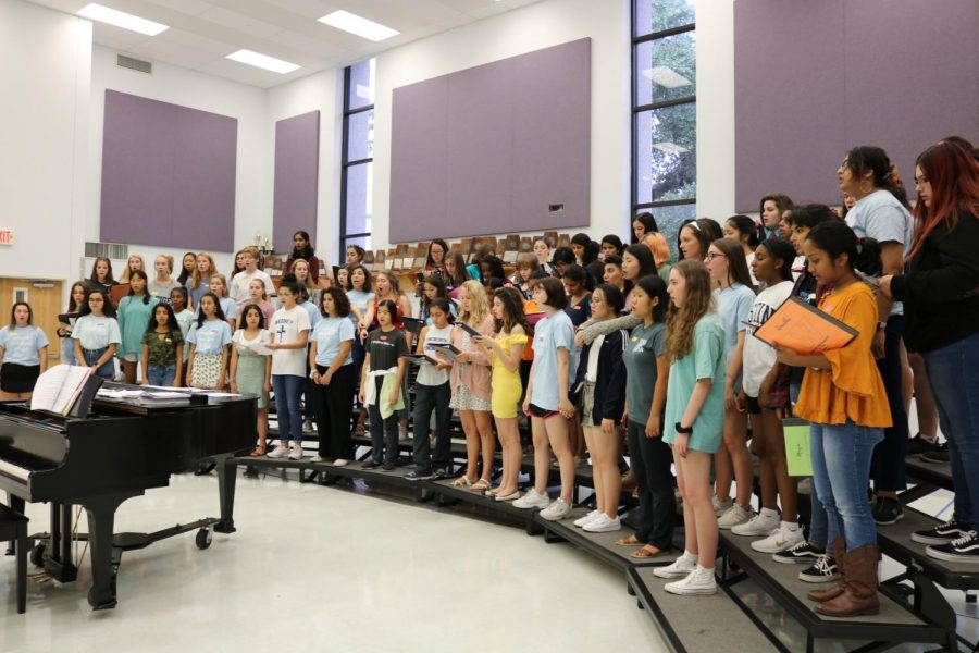 The women's choir gathered in a sectional to learn a new piece. It was the first time this school year everyone was able to sing together.