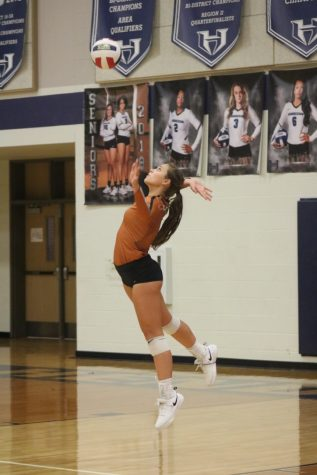 Varsity Volleyball Defeats Hendrickson 3-1