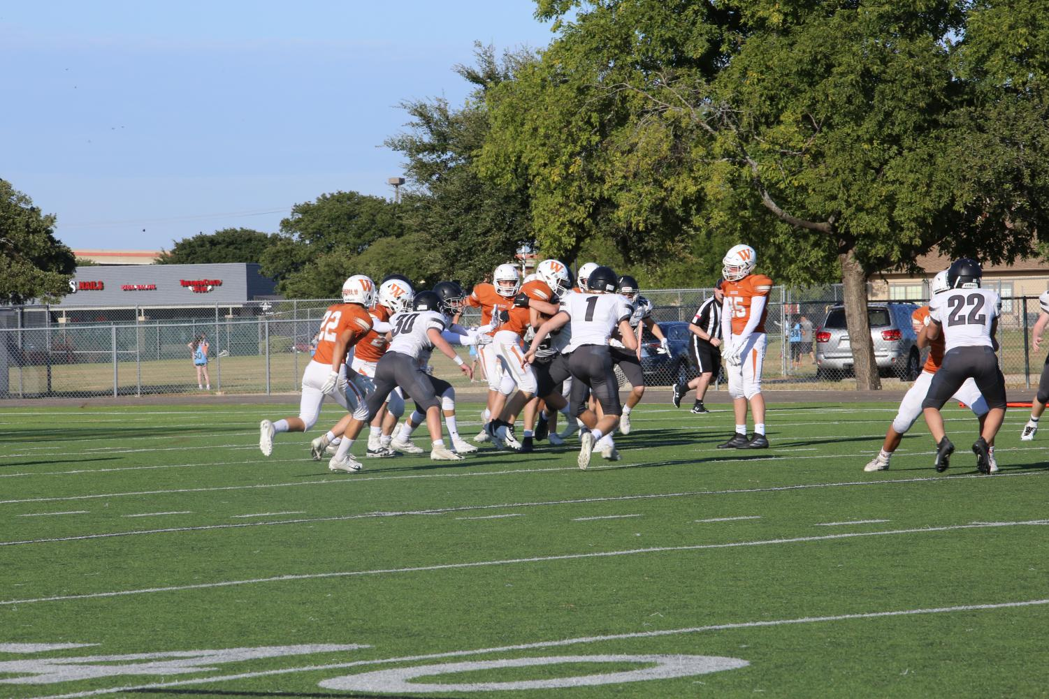 GALLERY%3A+JV+White+Football+Suffers+Defeat+to+Vandegrift++41-6