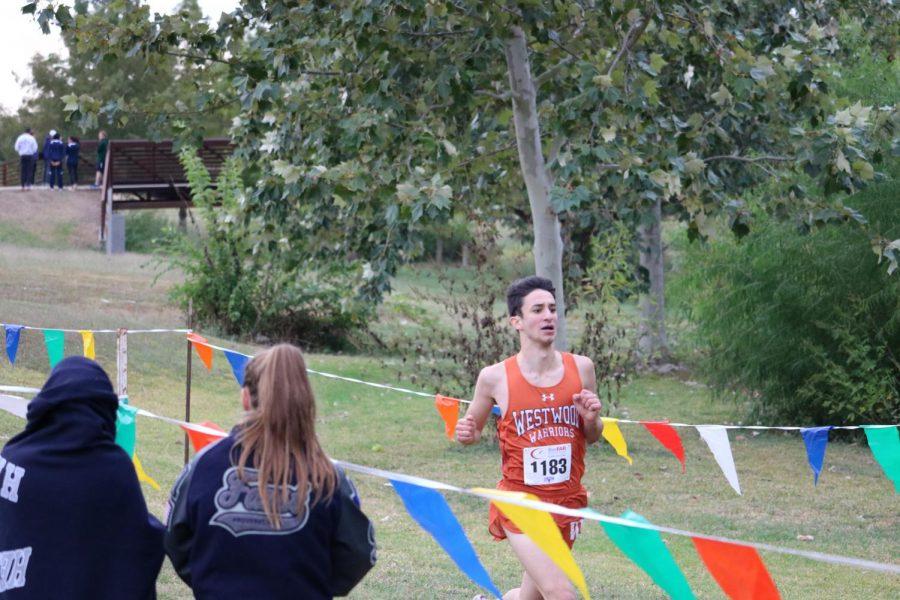 Nima Ashtari '20 strides toward his end goal at the finish.