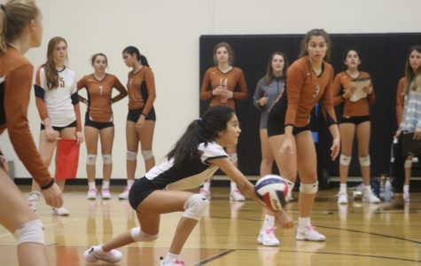 Freshman Volleyball Falls to Round Rock 2-0