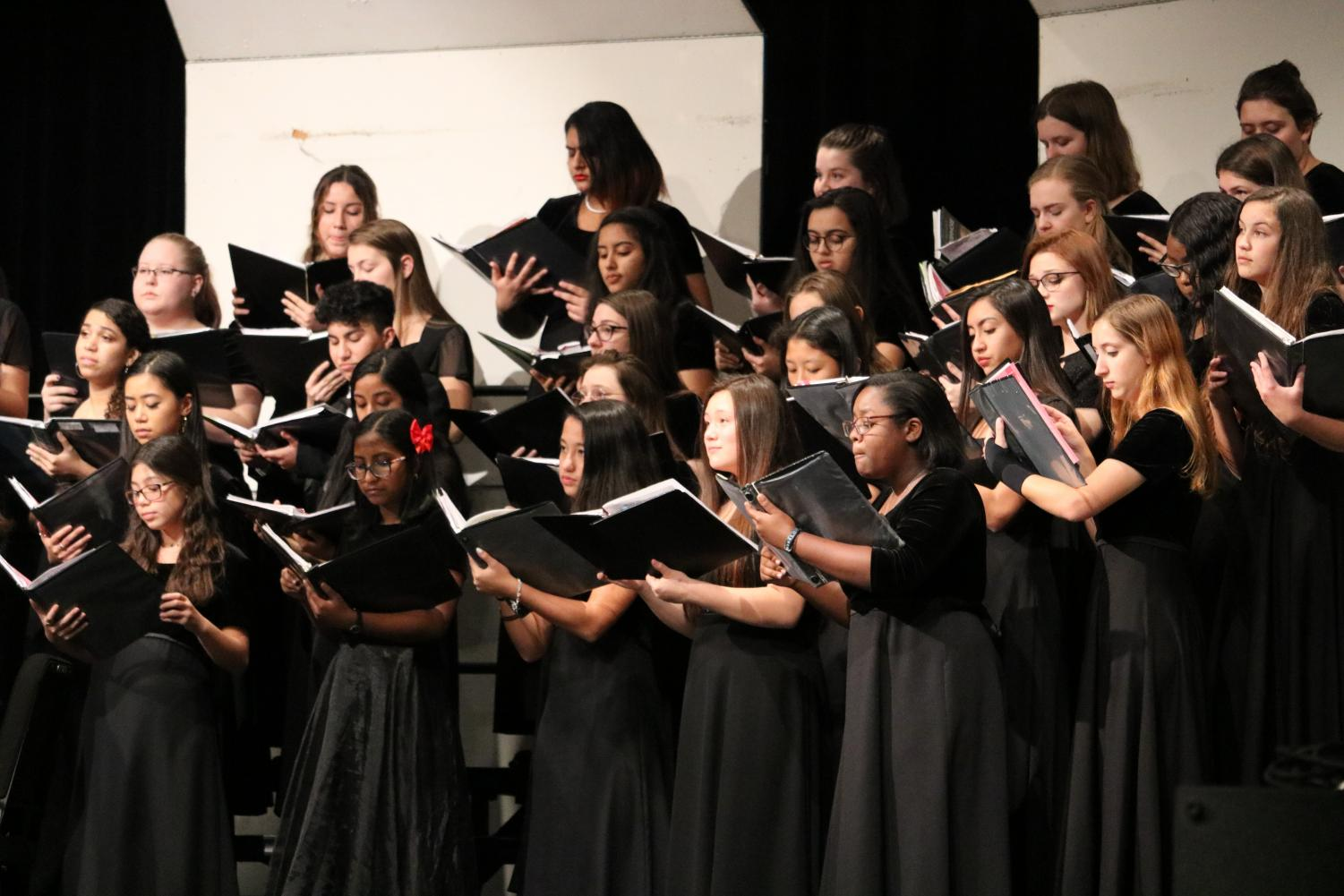Choir+Performs+at+Region+Clinic+and+Concert