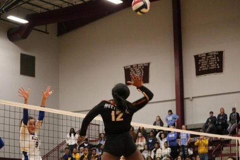 Varsity Volleyball Falls to Klein 3-1 in Third Round of Playoffs