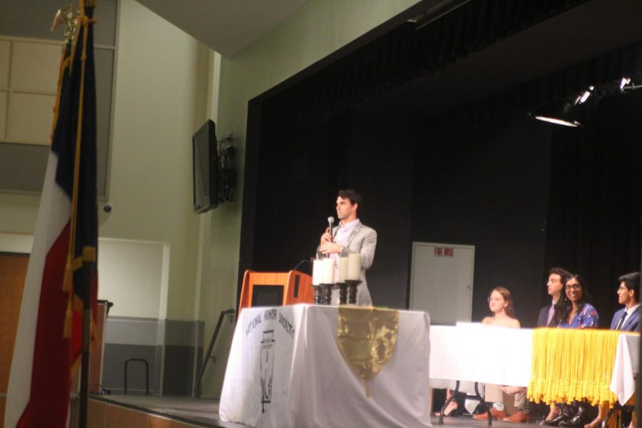 Olympic swimmer Ricky Berens speaks about one of the National Honor Society's pillars, 'honor'. Berens is a two-time Olympic gold medalist and former world champion.