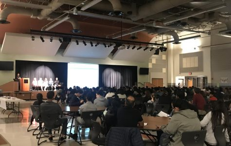 Parents and Students Attend IB Information Night