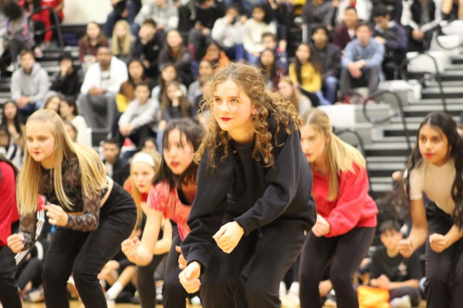 SunDancer Carolina Garza '20 dances with her team to a hip hop mashup.