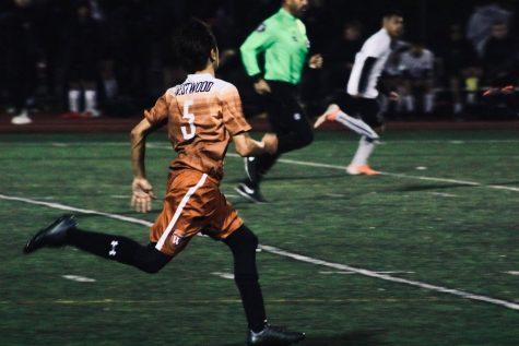 JV Orange Boys' Soccer Defeats Vista Ridge Rangers 1-0