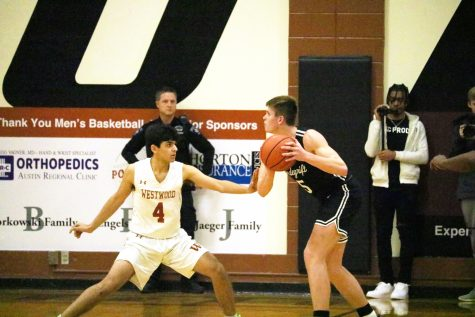 Varsity Boys' Basketball Falls in Much-Hyped Clash vs. Vandegrift 33-29