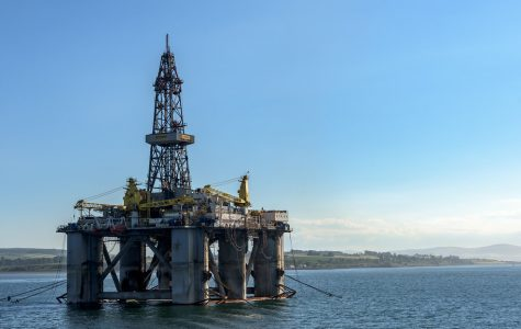 An offshore oil rig pumping crude oil near the coast of Scotland. Photo courtesy of flickr.