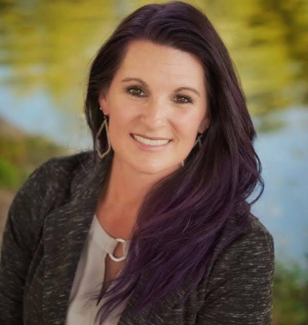 Jenn Griffith is running for RRISD Trustee Place 7 this election year. With many leadership experiences in RRISD, Jenn Griffith believes that she would be a great candidate for this position.