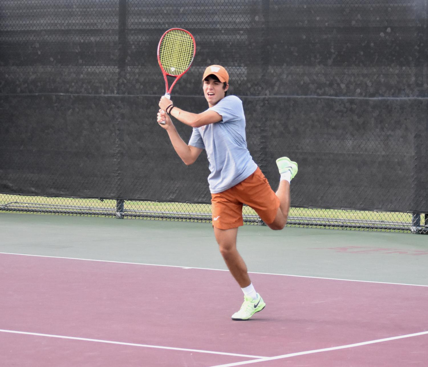 Varsity+Tennis+Delivers+Again+in+10-3+Victory+Against+Houston+Memorial%2C+Vaulting+to+State+Finals