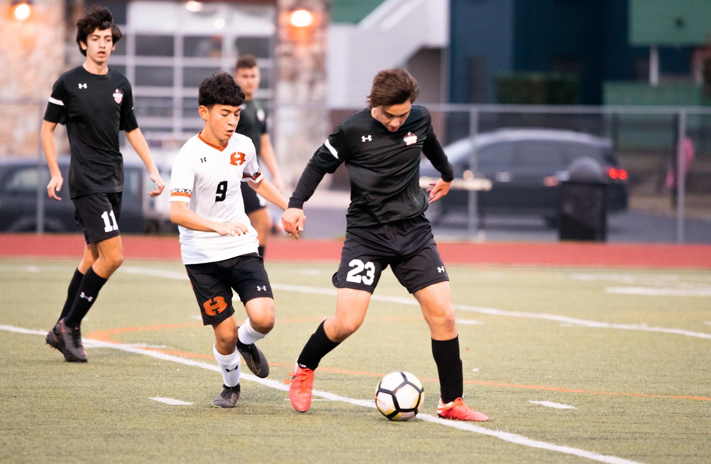 GALLERY%3A+JV+Orange+Boys%27+Soccer+Notches+3-0+District+Win+Over+Hutto