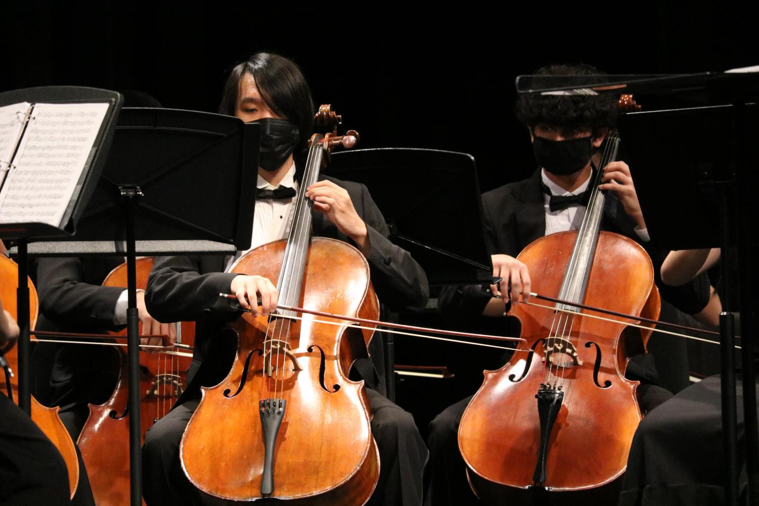 Orchestra+Delivers+Shining+Fall+Concert+Performance+Following+18+Month+Hiatus